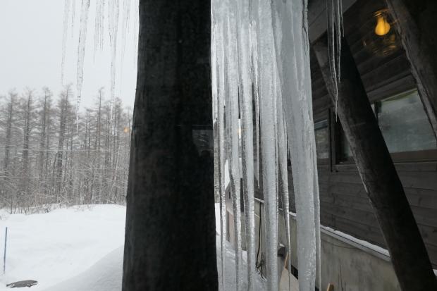 雪と氷を描きたい_d0193569_08280278.jpg