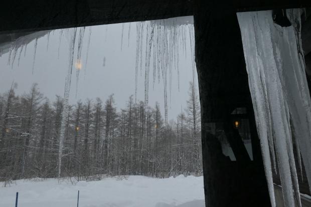 雪と氷を描きたい_d0193569_08280786.jpg