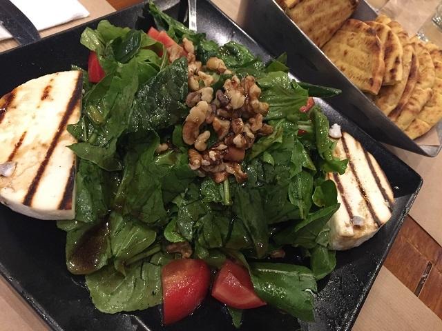 アテネ最後の外食はここ!ピアッツァ・カラマキ_a0123372_19405489.jpg