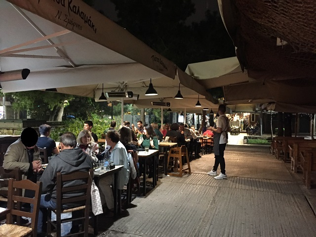 アテネ最後の外食はここ!ピアッツァ・カラマキ_a0123372_19504955.jpg