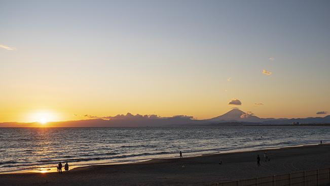 片瀬海岸からの笠雲_b0145398_19544781.jpg