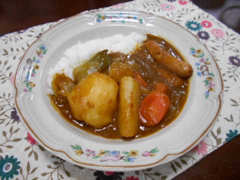 朝食は昨日のトマトスープをカレーに_f0019498_10372871.jpg