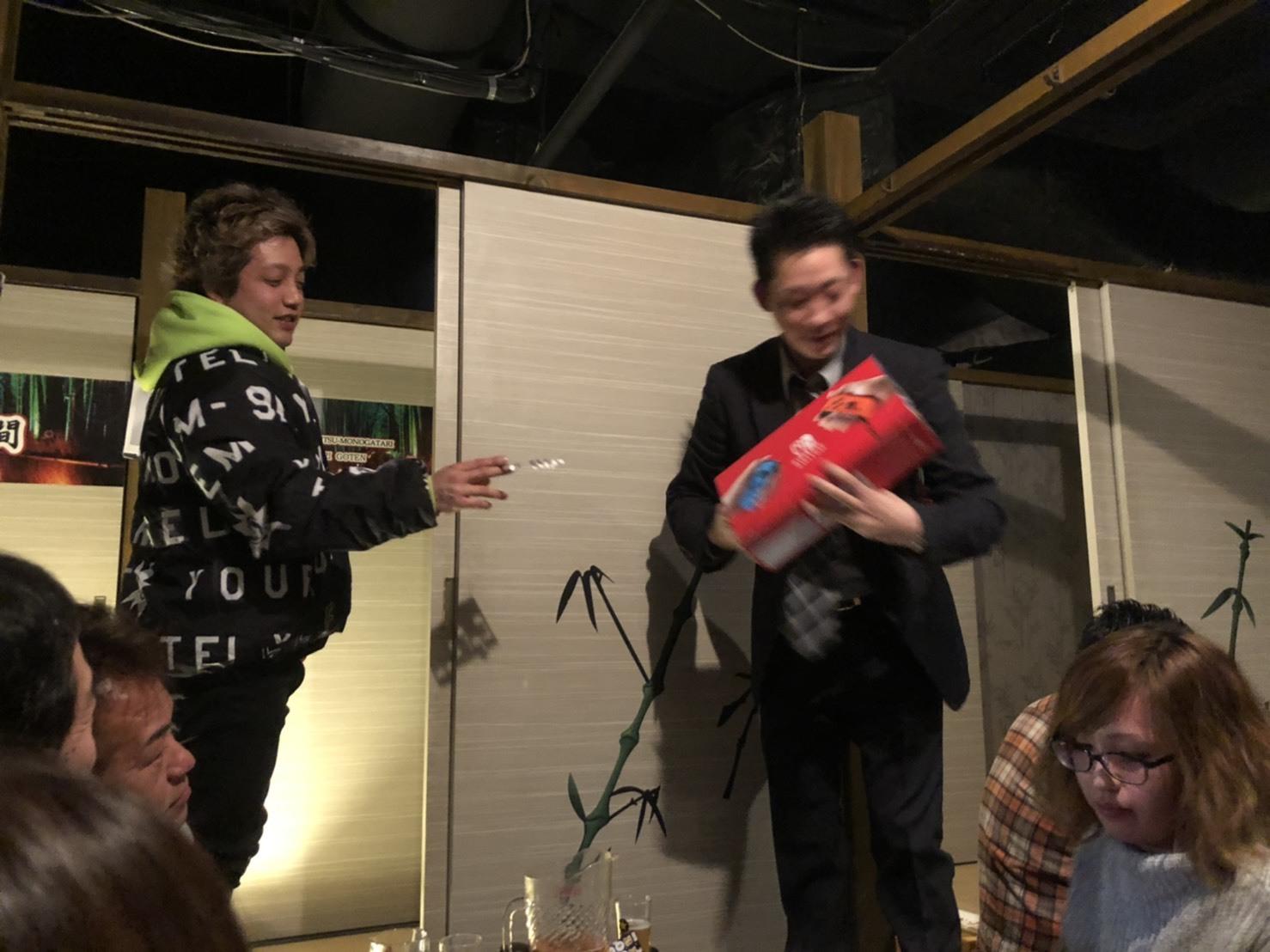1月7日(火) 本店ブログ♡ 明けましておめでとうございます✨ ランクル エスカレードのことなら♪TOMMYモータース♪_b0127002_18394175.jpg