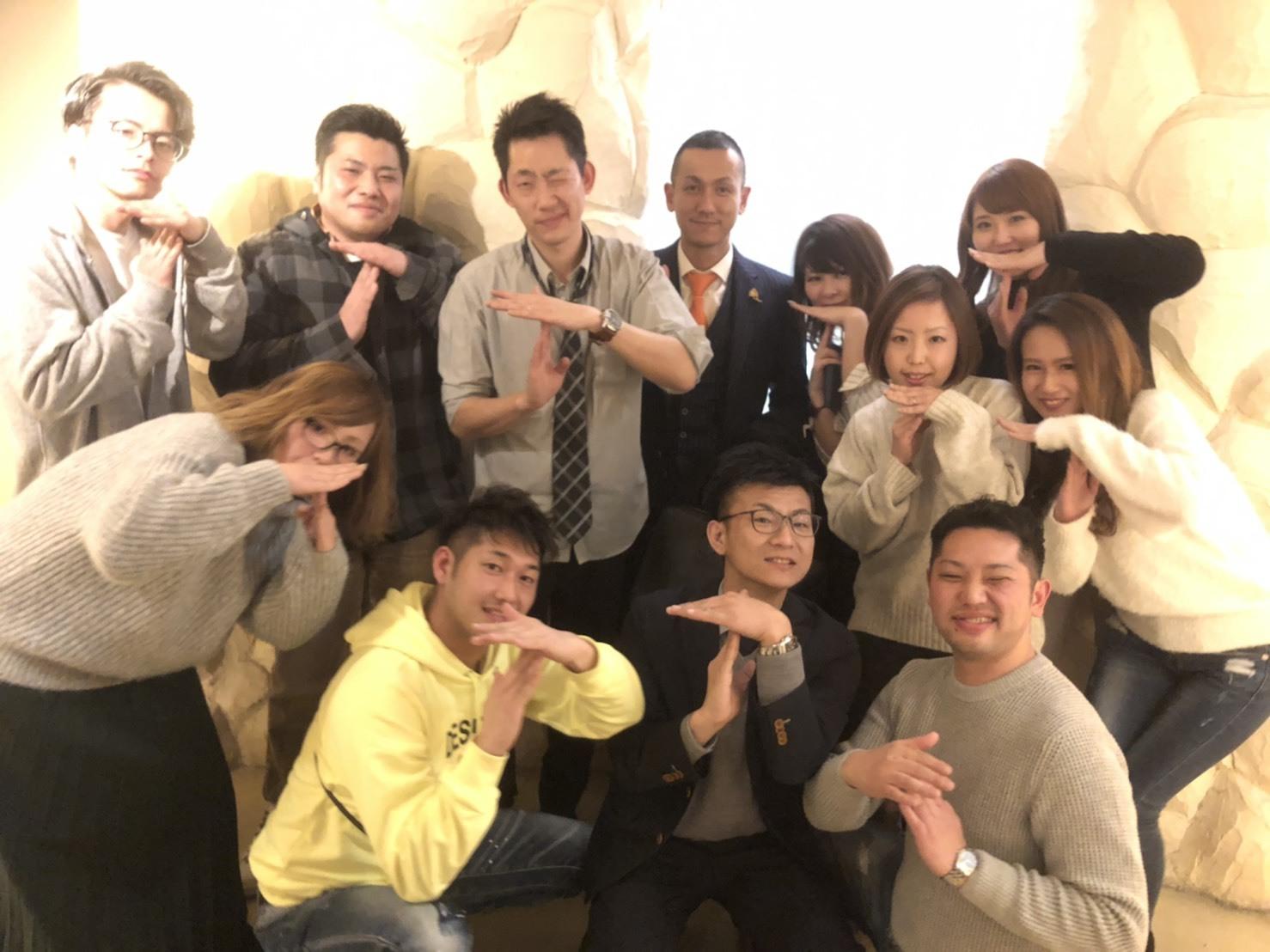 1月7日(火) 本店ブログ♡ 明けましておめでとうございます✨ ランクル エスカレードのことなら♪TOMMYモータース♪_b0127002_18423040.jpg