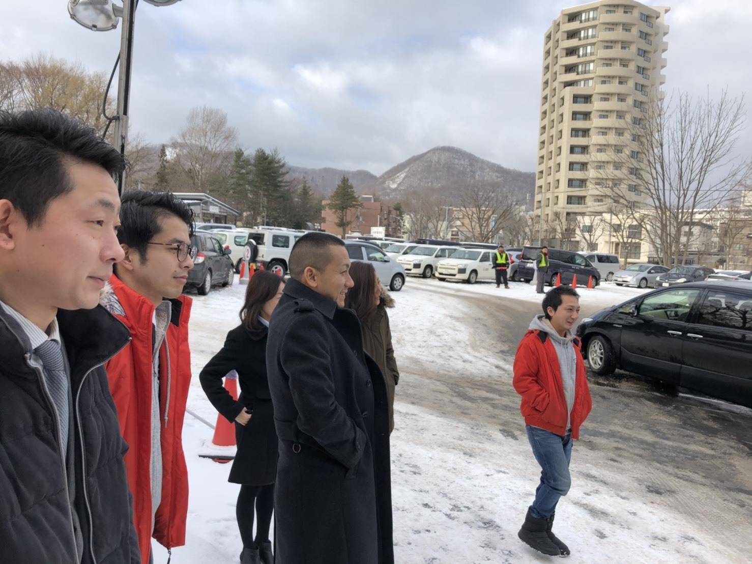 1月7日(火) 本店ブログ♡ 明けましておめでとうございます✨ ランクル エスカレードのことなら♪TOMMYモータース♪_b0127002_19013243.jpg