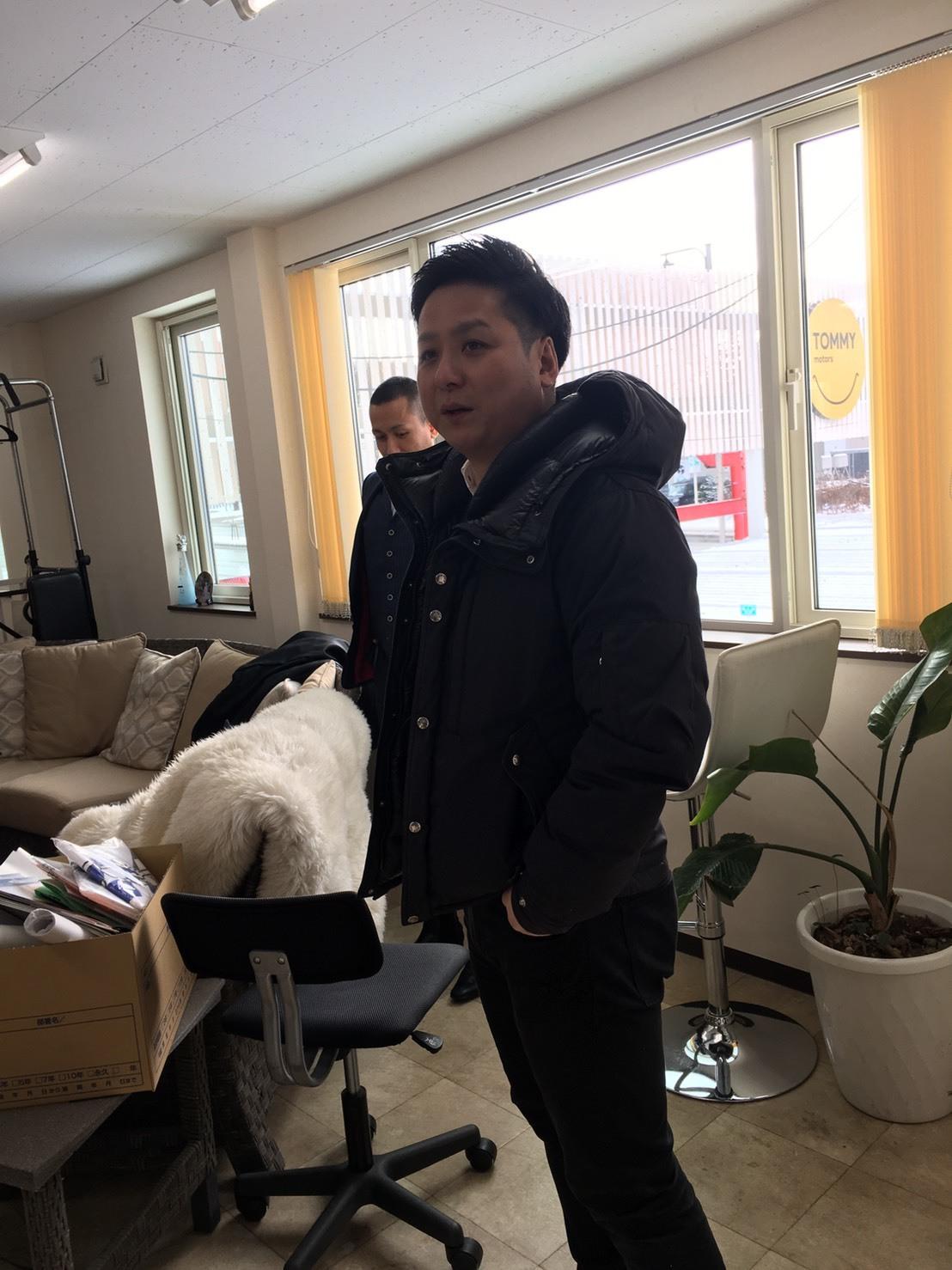 1月7日(火) 本店ブログ♡ 明けましておめでとうございます✨ ランクル エスカレードのことなら♪TOMMYモータース♪_b0127002_19061157.jpg