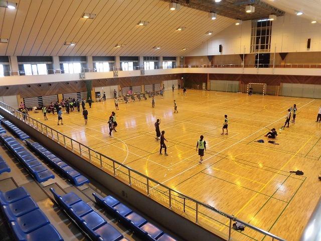男女そろって県大会優勝を! 富士高ハンドボール部の2020年「初投げ」_f0141310_07535517.jpg
