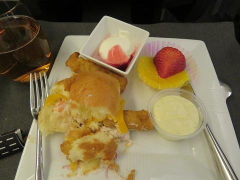 帰国。JALラウンジで朝食を。_d0019916_15233968.jpg