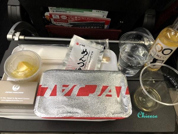 JAL ホノルル便 エコノミークラス 復路 2019_e0158121_12561347.jpg
