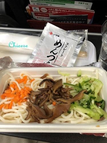 JAL ホノルル便 エコノミークラス 復路 2019_e0158121_12562641.jpg