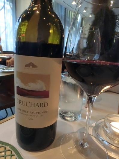 シカゴ初日のディナーはホテルのレストランで_e0303431_18411648.jpg
