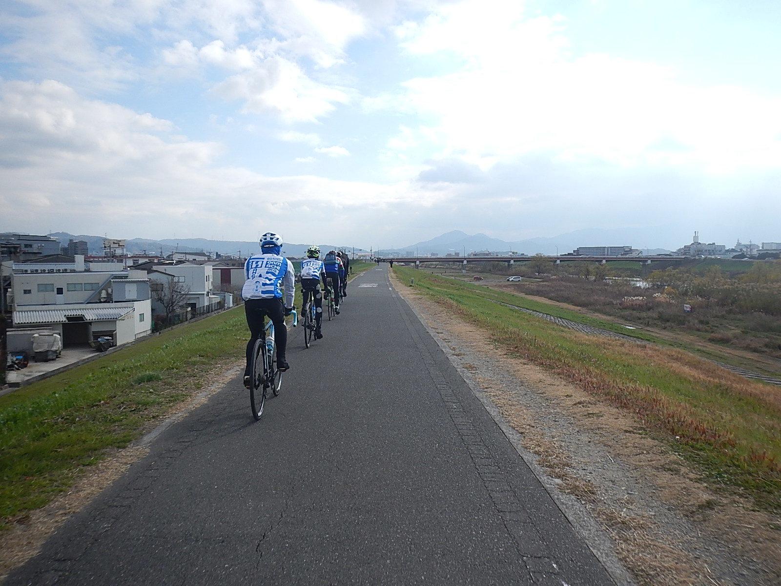 新春サイクリング_a0386742_16234091.jpg