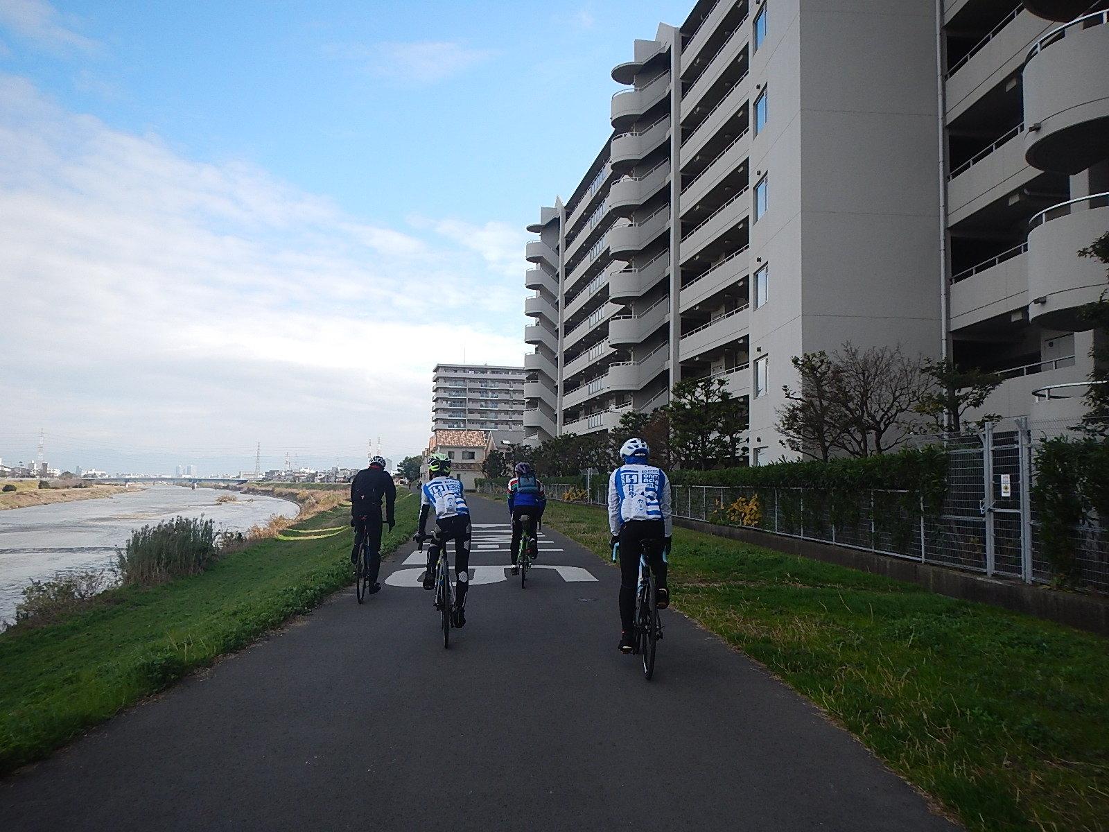 新春サイクリング_a0386742_16234967.jpg