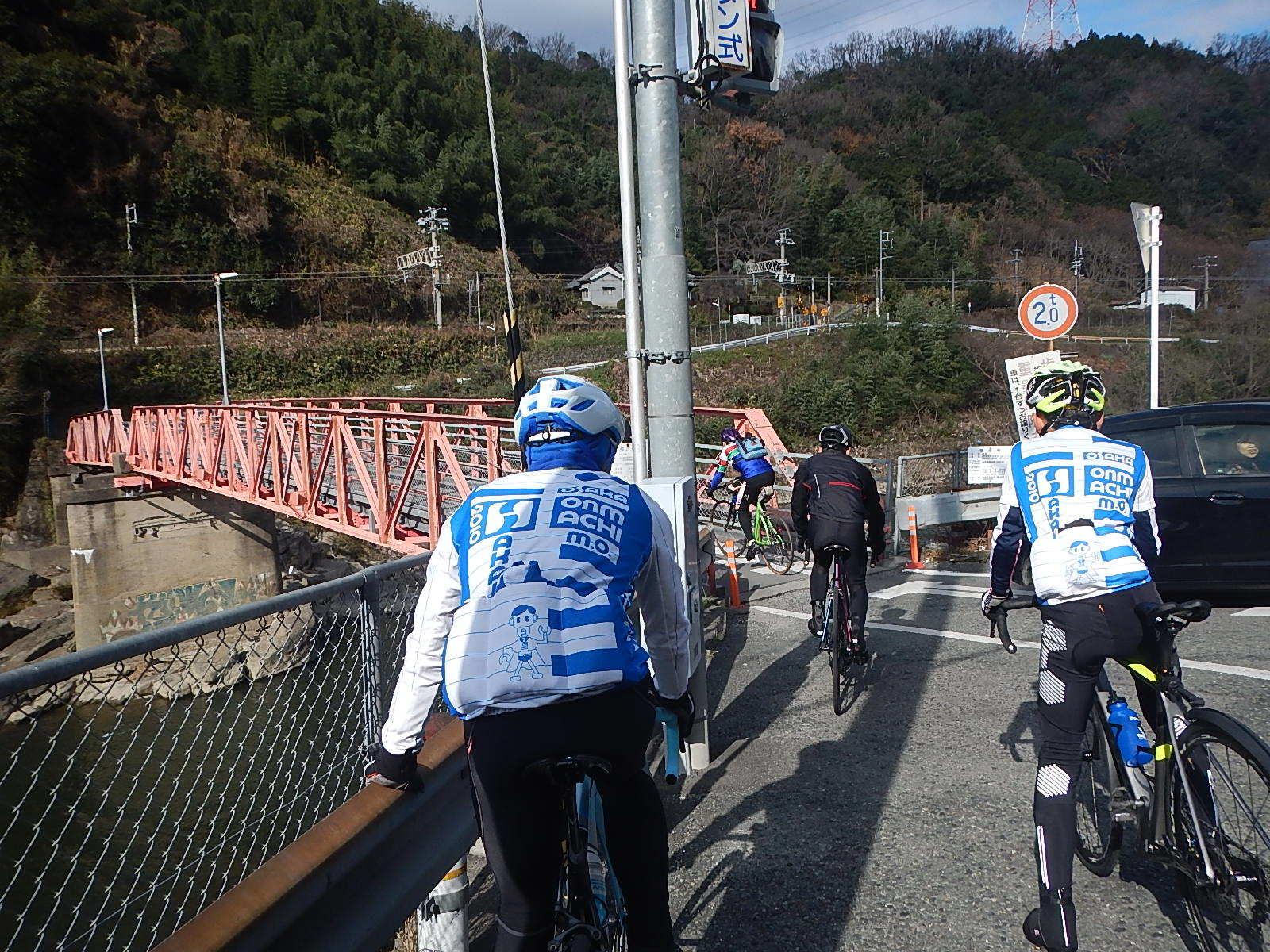 新春サイクリング_a0386742_16254124.jpg