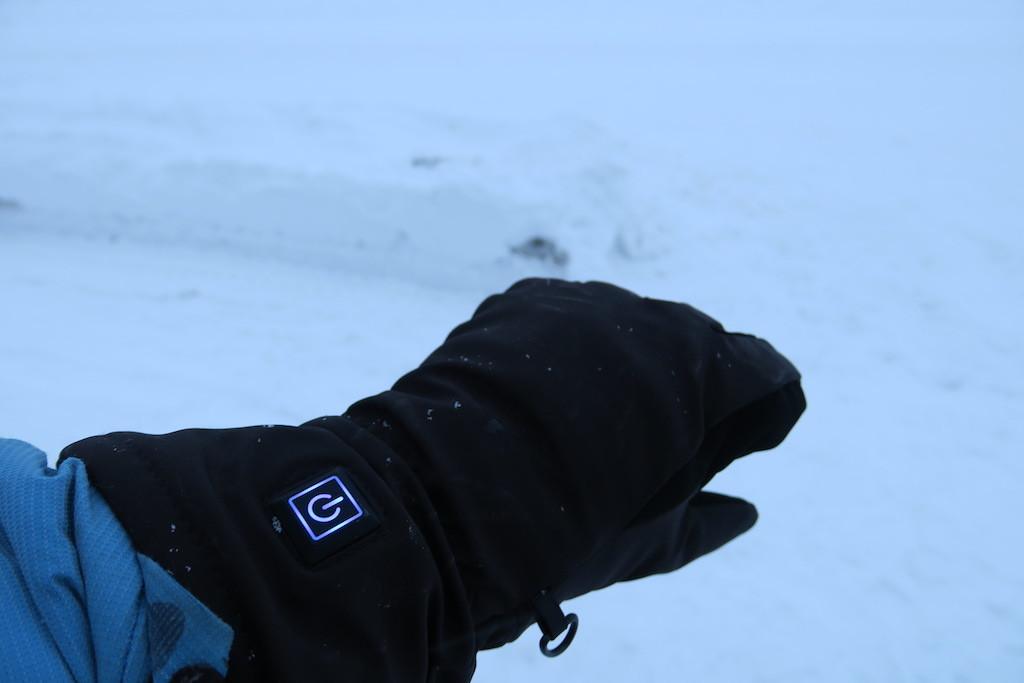 除雪・ヒーターグローブ・ガレージ整理_e0159646_04203525.jpg