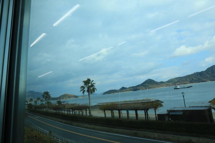 呉線の海風景_f0371447_09143210.jpg