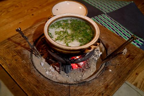 コトコト火鉢、一草粥_d0005250_17255630.jpg