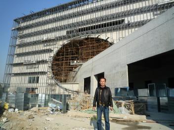 来春完成?上海水景劇場の現場_a0394451_12262926.jpg