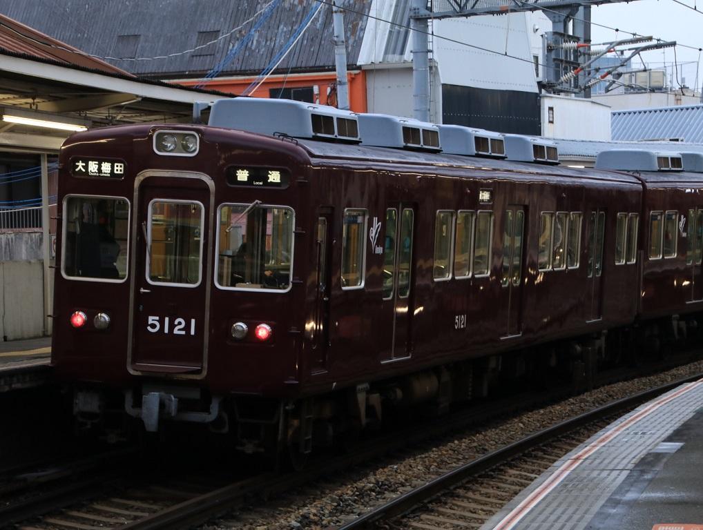 阪急5100系 5128F 大阪梅田表示_d0202264_17274137.jpg