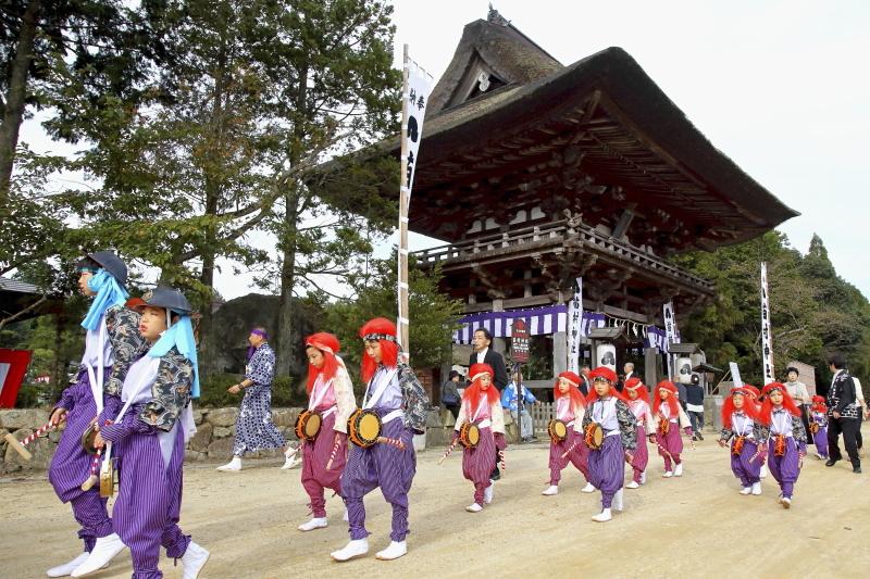 苗村神社三十三年式年大祭 その1_c0196076_16063352.jpg