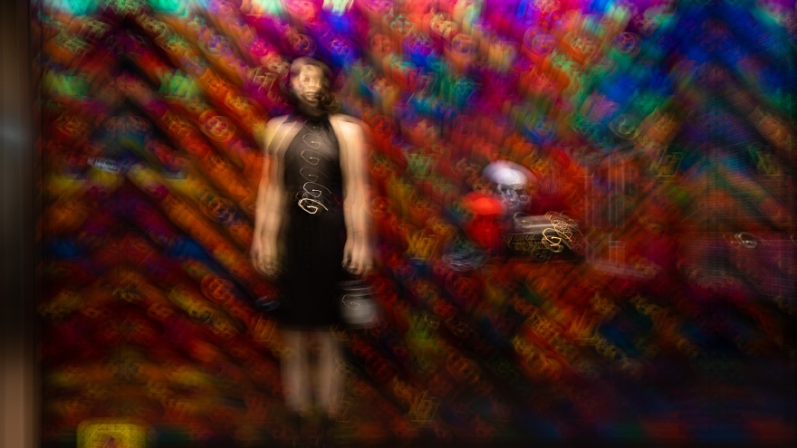 揺れるファッションストリート_d0353489_21534428.jpg