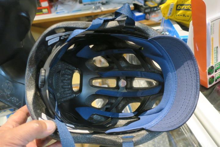 GIRO CORMICK MIPS ヘルメット 再入荷!_c0132901_20414155.jpg