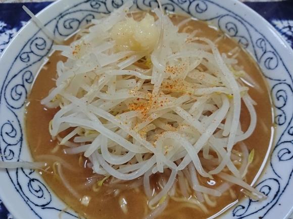 1/7 サンヨー食品 サッポロ一番みそラーメン北海道醸造味噌使用 & 小岩井 生乳だけで作った脂肪0ヨーグルト_b0042308_00002964.jpg