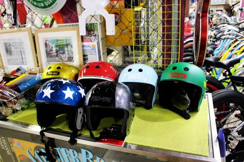 お洒落ヘルメット  札幌自転車屋。_a0139912_18545031.jpg