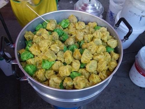 最近の中食(なかしょく)生活@バンコクのアパート_c0030645_00364016.jpg