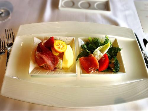 Top of Kyoto_e0292546_03441476.jpg