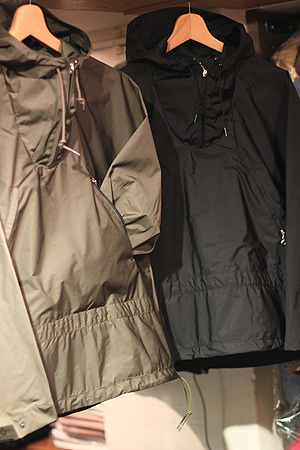SIMPLE ANORAK。_e0186470_20383269.jpg