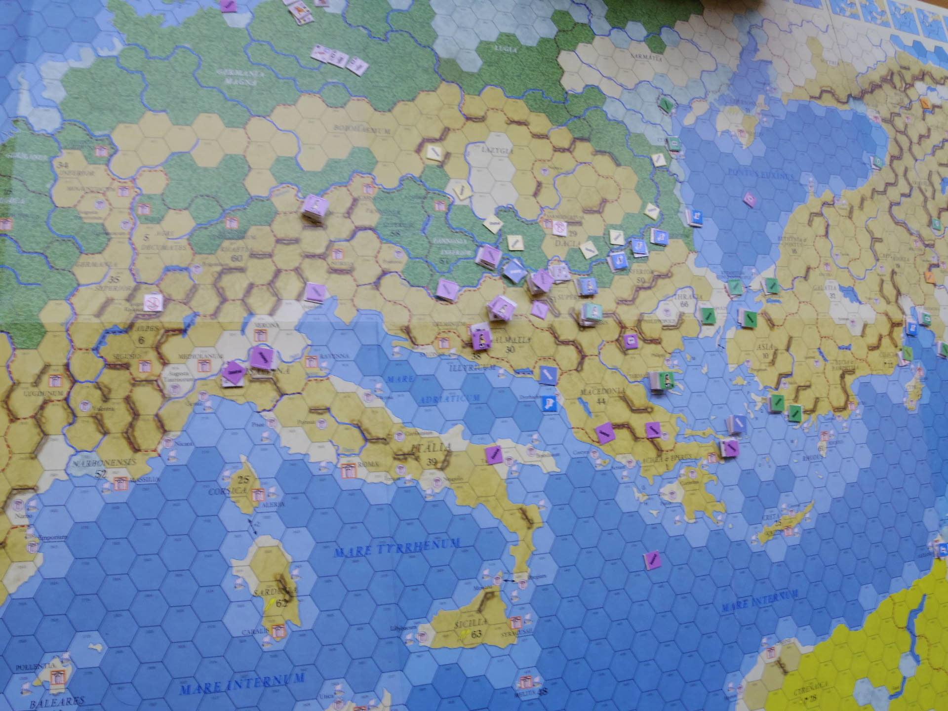 10.27(日)10月例会の様子2...(DG)Imperium RomanvmⅢ シナリオ「コンスタンティウスvs.リキニウス〔321年4月から324年10月まで〕」_b0173672_19511063.jpg