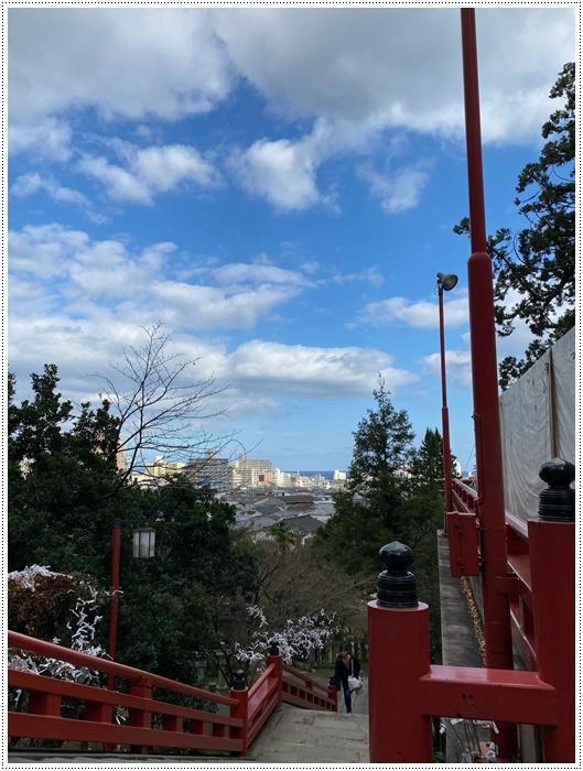 お正月休み最後の1日、別府での初詣は、初めての朝見神社でした\\(>3(O^-)/ウフ☆_b0175688_00483140.jpg