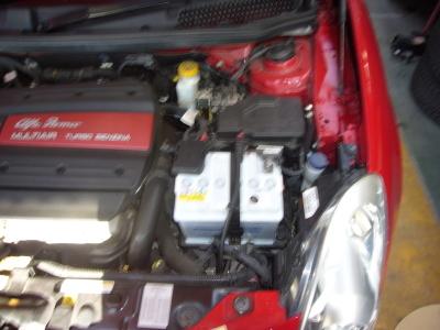 アルファロメオ ジュリエッタ 車検整備 (エアクリーナ、バッテリ交換など)_c0267693_18094439.jpg