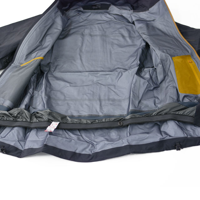 ARC\'TERYX [アークテリクス正規代理店] Sidewinder Jacket Men\'s [21688] GORE-TEX・ウエア・バックカントリー  MEN\'S _f0051306_15011864.jpg