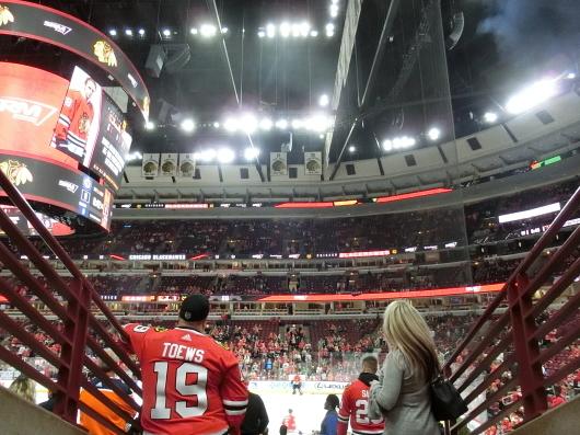 NHL観戦 ☆ シカゴ ブラックホークス VS カナダ in UNITED CENTER _e0303431_19081713.jpg