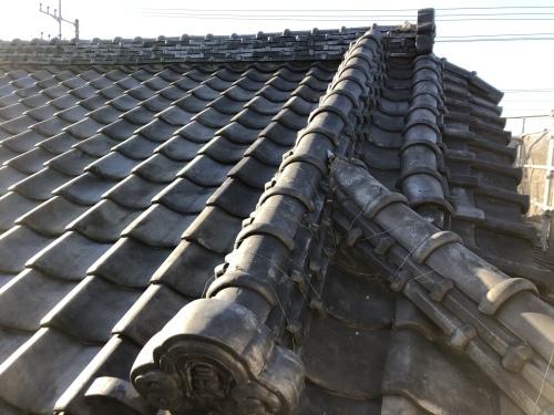 甲州市 銀黒の屋根 其の一_b0242734_18103363.jpeg