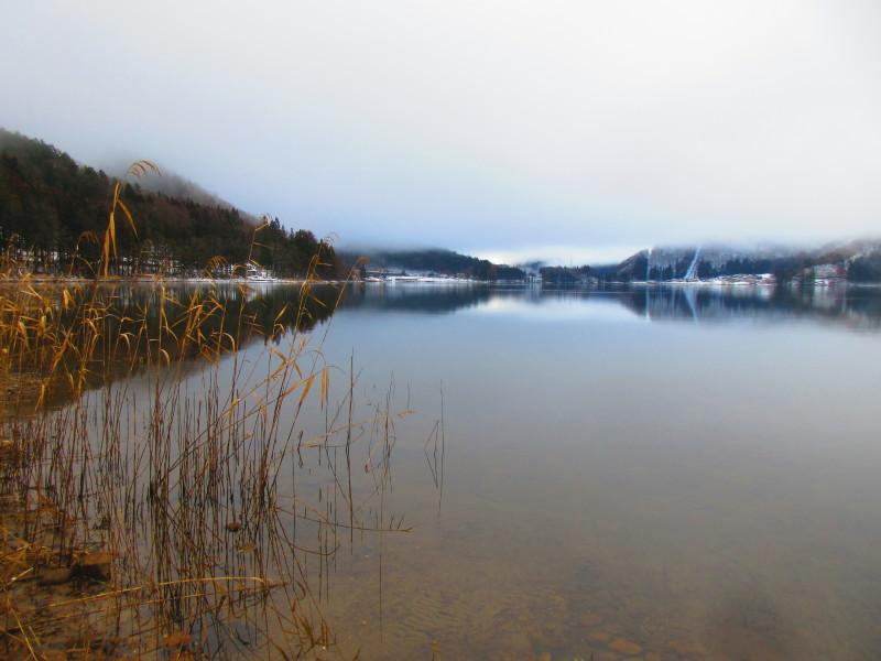 神秘的な青木湖_b0140235_11095247.jpg