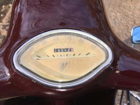 1968 Piaggio Vespa 125 Gran Turismo  マルーン_f0123137_00530500.jpg