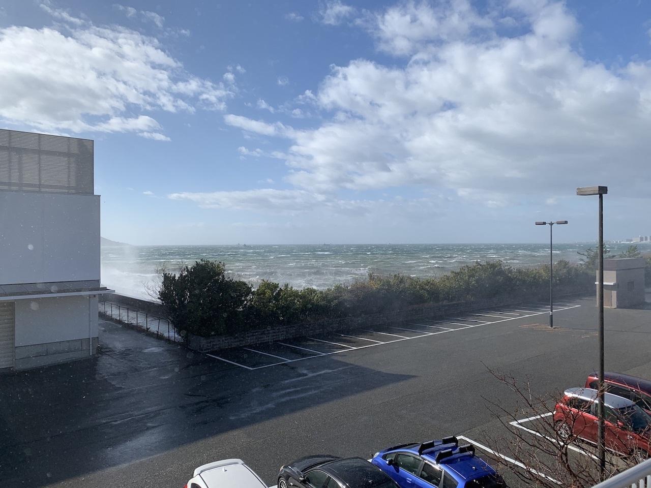 暴風警報下の舞子海岸(舞子 垂水 神戸)_b0279441_00552161.jpg