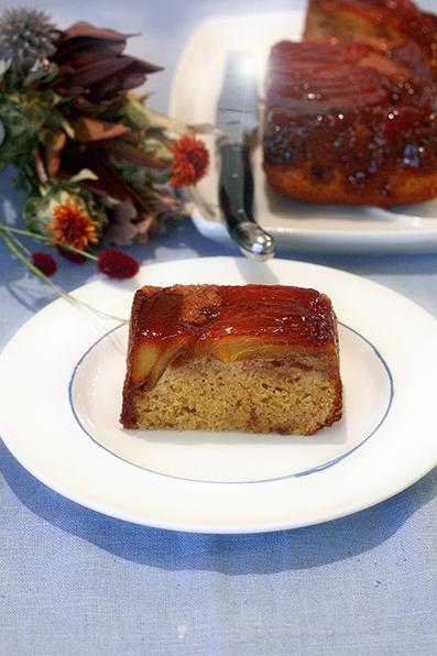 カラメル柿のケーキ_e0137277_16481221.jpg