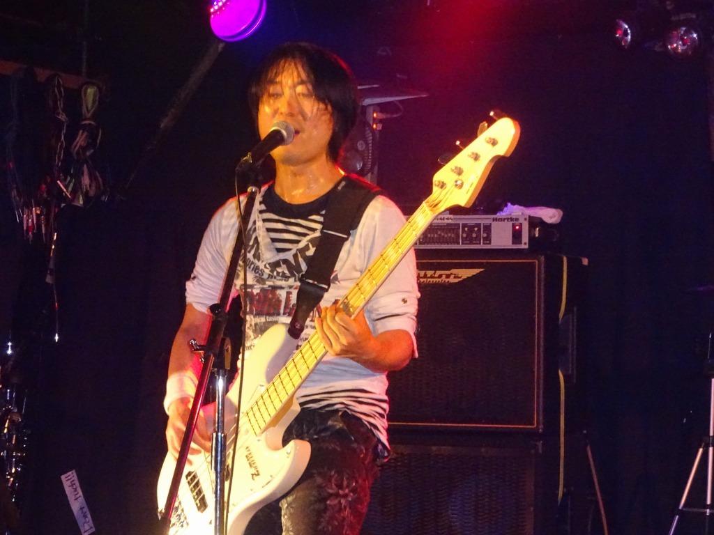 【写真集】RÖUTE LIVE!新宿ライブフリーク 令和二年一月八日_d0061678_14465004.jpg