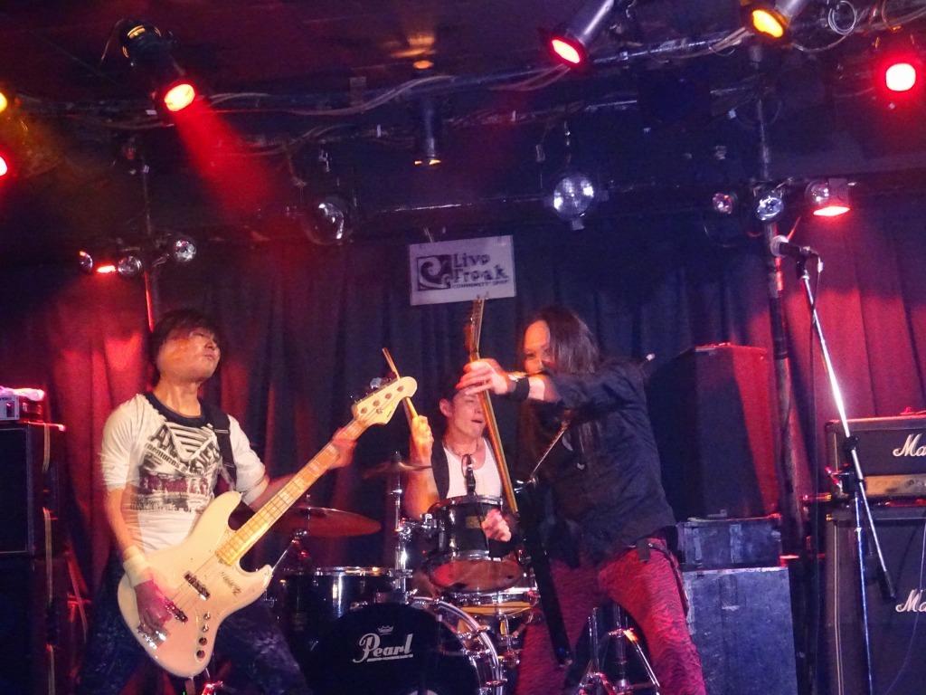 【写真集】RÖUTE LIVE!新宿ライブフリーク 令和二年一月八日_d0061678_14522545.jpg