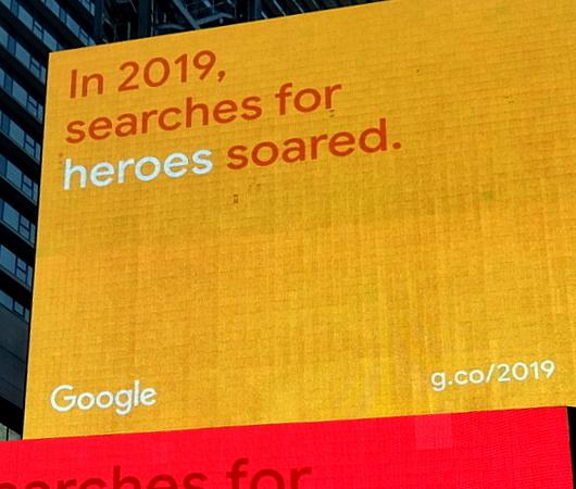 NYタイムズ・スクエアの巨大スクリーンでGoogleの流行語発表会⁉ 注目ワードはResilience(回復力)など_b0007805_12180256.jpg