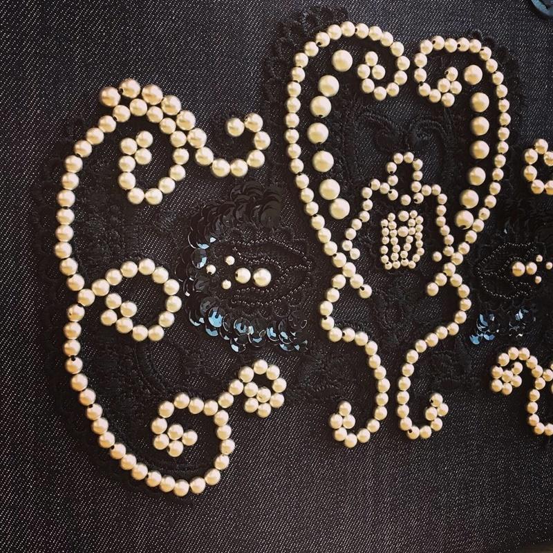 【 オートクチュール・リュネビル刺繍  】生徒さんの作品です。_c0357605_15544474.jpg