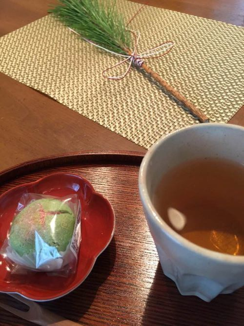花遊び・色あそびでもお正月花_b0151911_10293250.jpg