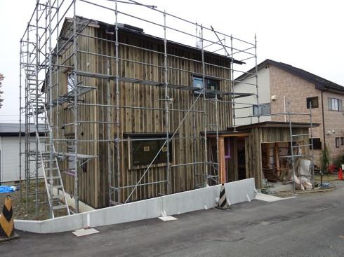 仙北町の家 大工工事が進行中です!_f0105112_04321759.jpg
