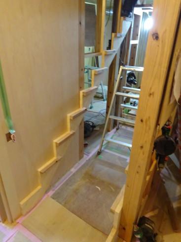 仙北町の家 大工工事が進行中です!_f0105112_04401238.jpg
