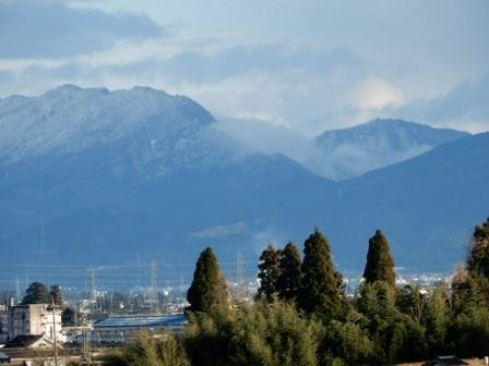 雪化粧の五箇山の山々_e0206820_16084584.jpg
