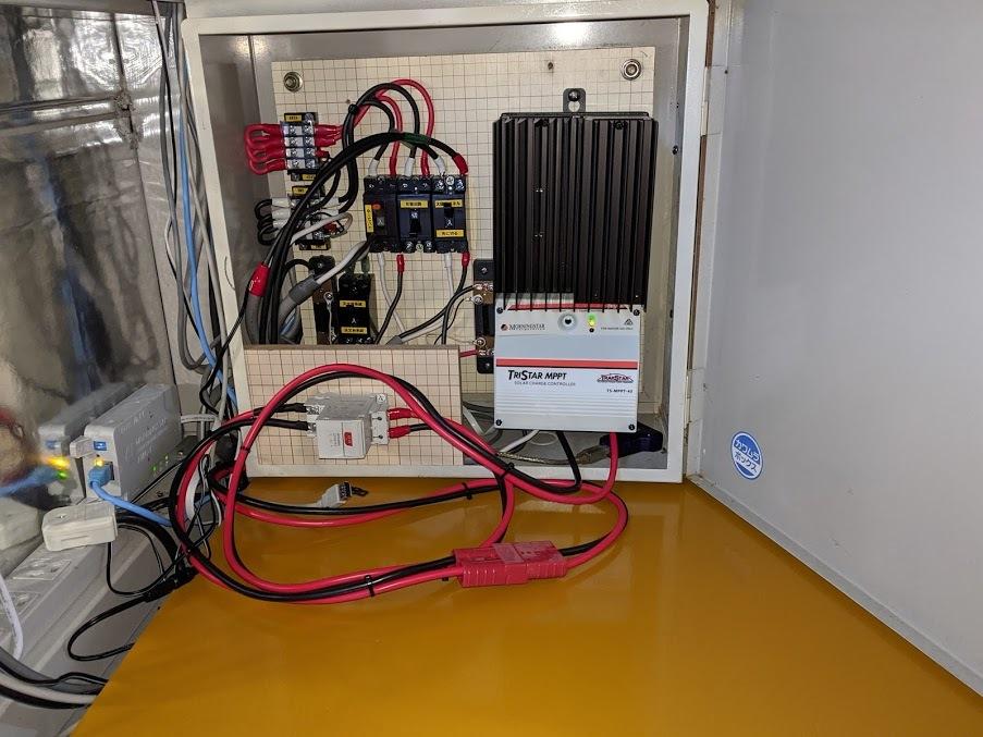 リモート天文台の電源をリン酸鉄リチウム電池にかえた_c0061727_11063219.jpg